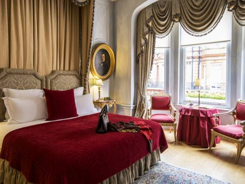 San Domenico House   29-31 Draycott Place, Belgravia, SW3 2SH   Hotels & BB's